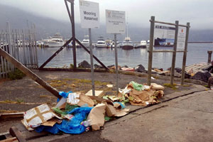 Litter from harbors and rivers that ends up in the sea